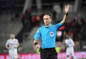 Thomas Léonard avait l'habitude d'arbitrer les joueurs du Stade Malherbe Caen en Ligue 1 Uber Eats