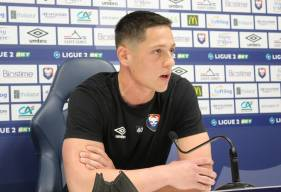 Sullivan Péan devrait retrouver une place de titulaire après le carton rouge reçu par Rémy Riou mardi soir face à Dunkerque