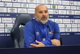 Pascal Dupraz a regretté le manque de maîtrise technique de ses joueurs hier soir face au Pau FC