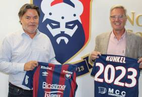 Christohpe Künkel aux côtés de Fabrice Clément après la prolongation du partenariat jusqu'en 2023