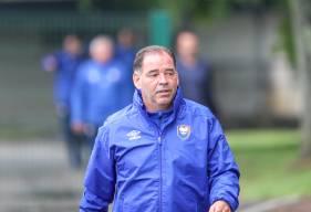 Stéphane Moulin et son staff ont pu diriger ce vendredi matin leur première séance à la tête du Stade Malherbe Caen