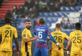 Prince Oniangué a fêté sa 100e sous les couleurs du Stade Malherbe Caen face à Valenciennes