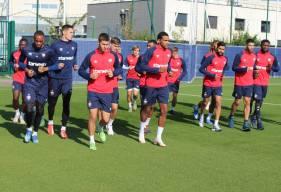 Les joueurs du Stade Malherbe Caen ont débuté la séance matinale par un footing ce jeudi