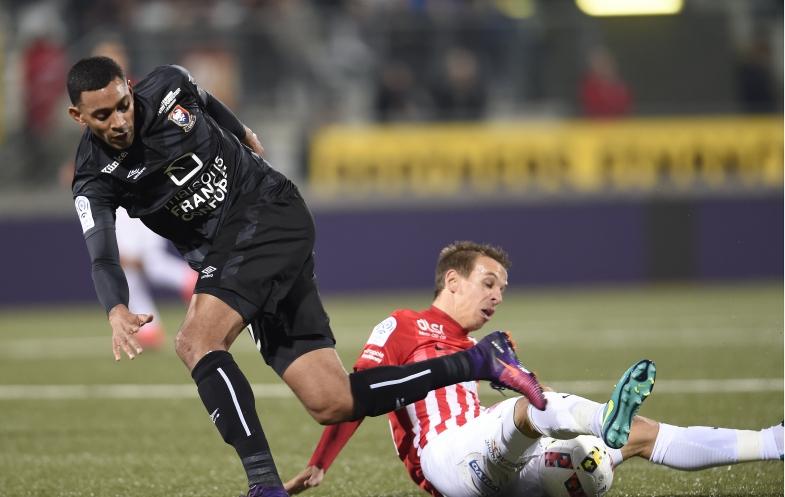 S'il est privé d'Hervé Bazile et Yann Karamoh sur le front offensif, Patrice Garande pourra compter sur Ronny Rodelin, ici, en duel avec le Nancéien Benoît Pedretti.
