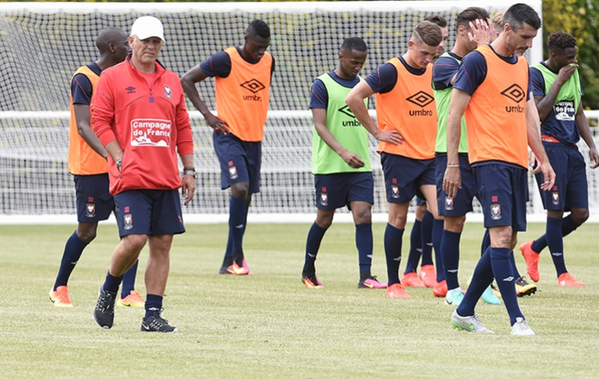 Patrice Garande retrouvera ses joueurs lundi 26 juin sur le complexe de Venoix pour la reprise de l'entraînement.