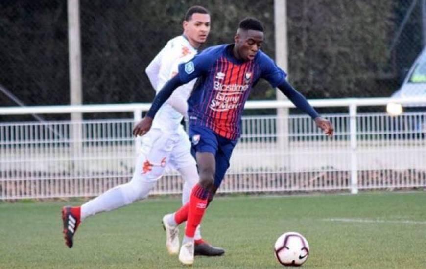 """Après s'être entraîné à plusieurs reprises avec le groupe professionnel cette saison, Godson Kyeremeh est dans les """"18"""" pour le 8e de Coupe de France"""