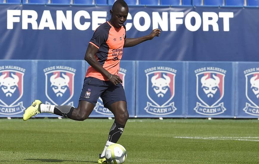 Pour sa quatrième sélection avec le Sénégal, Adama Mbengue a disputé les 90' contre le Burkina Faso.