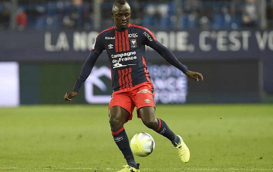 Pas retenu dans la liste des 23 joueurs sénégalais qui participeront au Mondial Russe, Adama Mbengue fait partie des quatre réservistes convoqués par le sélectionneur Aliou Cissé.