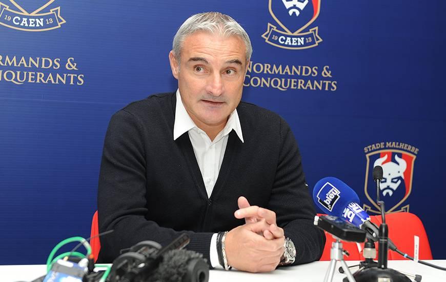 Alain Cavéglia, le directeur sportif du SMC, est l'invité - ce lundi 20 novembre - de l'émission Allô Malherbe sur France Bleu Normandie.