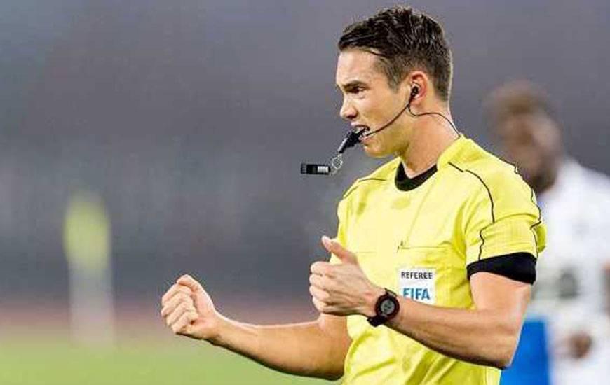 Le match entre le Stade Malherbe et le Stade Rennais sera dirigé par l'arbitre suisse Sandro Schärer.