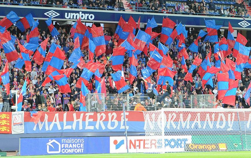 Avec 16 215 spectateurs de moyenne sur les quatre premières journées à domicile (Saint-Etienne, Metz, Dijon et Amiens), le stade Michel-d'Ornano affiche un taux de remplissage de 80% ; soit le sixième plus important de Ligue 1.