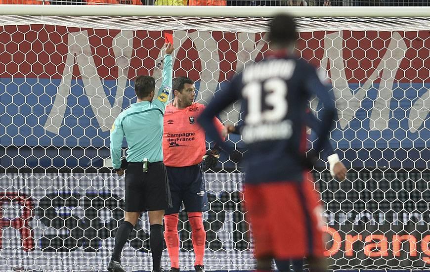 N'ayant écopé que d'un match de suspension suite à son expulsion contre Lille, Rémy Vercoutre retrouvera ses cages contre Marseille.