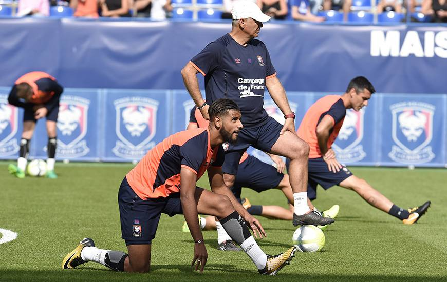 Les hommes de Patrice Garande - ici, Youssef Aït Bennasser et Julien Féret - reprendront l'entraînement cet après-midi.