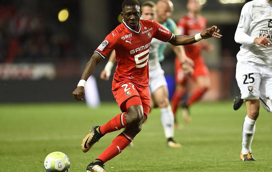 Joueur de l'effectif rennais le plus utilisé en Ligue 1 (2 204' de temps de jeu sur 2 250'), le latéral droit Hamari Traoré est suspendu pour affronter le Stade Malherbe.