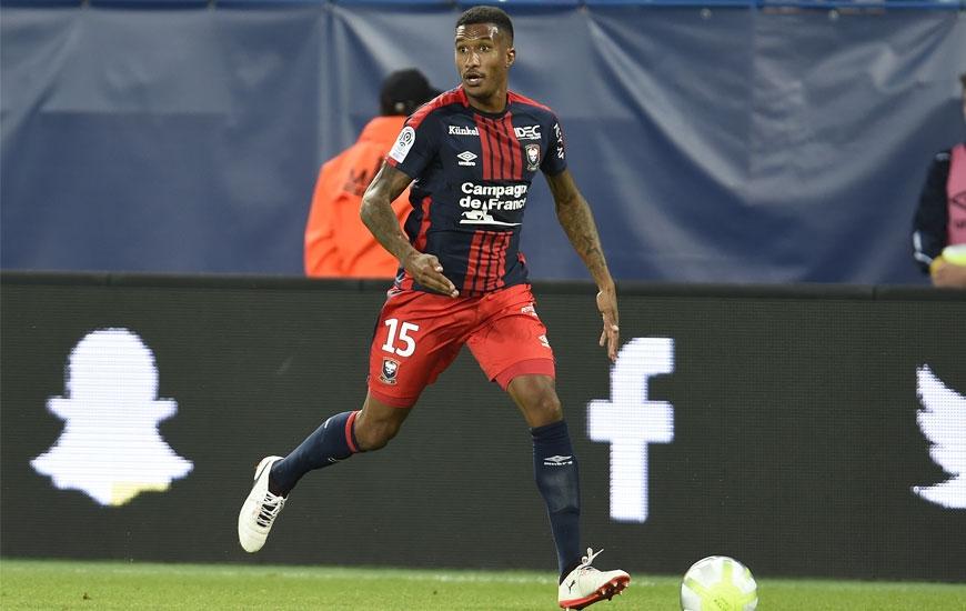 Sous contrat jusqu'en 2019 avec le Stade Malherbe, le latéral gauche Emmanuel Imorou a été prêté une saison sans option d'achat au club belge du Cercle Bruges, pensionnaire de deuxième division.