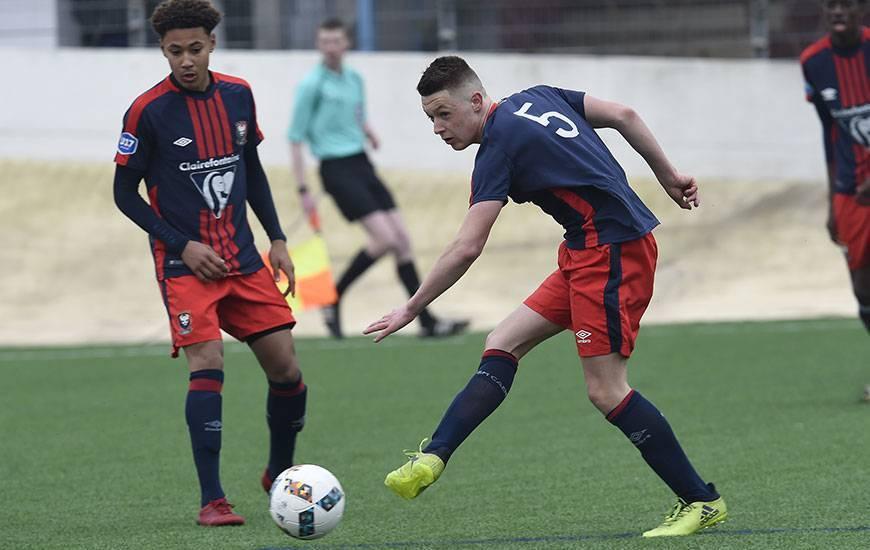 Le jeune milieu des U17 nationaux du SMC a participé aux trois matches de l'équipe de France U16 au Portugal avec une titularisation, une rentrée en jeu et une mi-temps disputée.