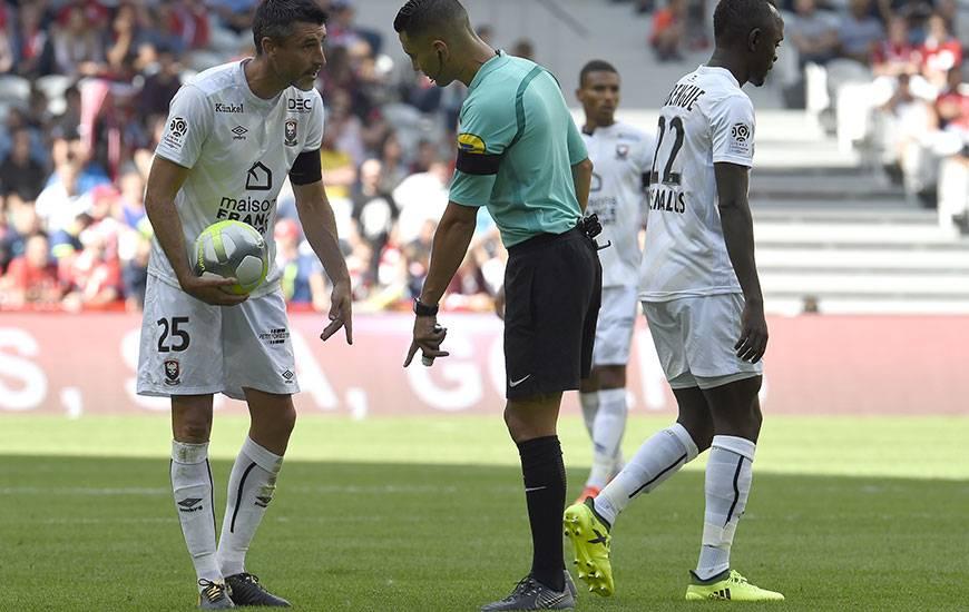 Karim Abed a déjà dirigé une fois les partenaires de Julien Féret cette saison : lors du succès 2-0 à Lille à l'occasion de la 3e journée.
