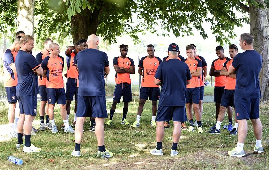Pour ce premier match de préparation contre Avranches, Patrice Garande disposera d'un groupe de 21 éléments dont deux gardiens.