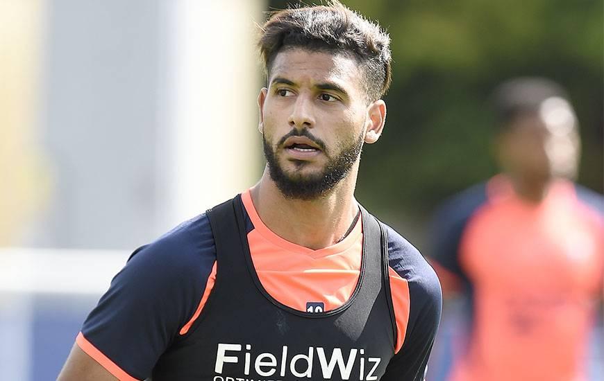 De retour sur les séances collectives depuis mardi, Youssef Aït Bennasser - touché à la cuisse droite le 17 mars à Angers - va jouer une heure avec la réserve samedi après-midi contre Mondeville.