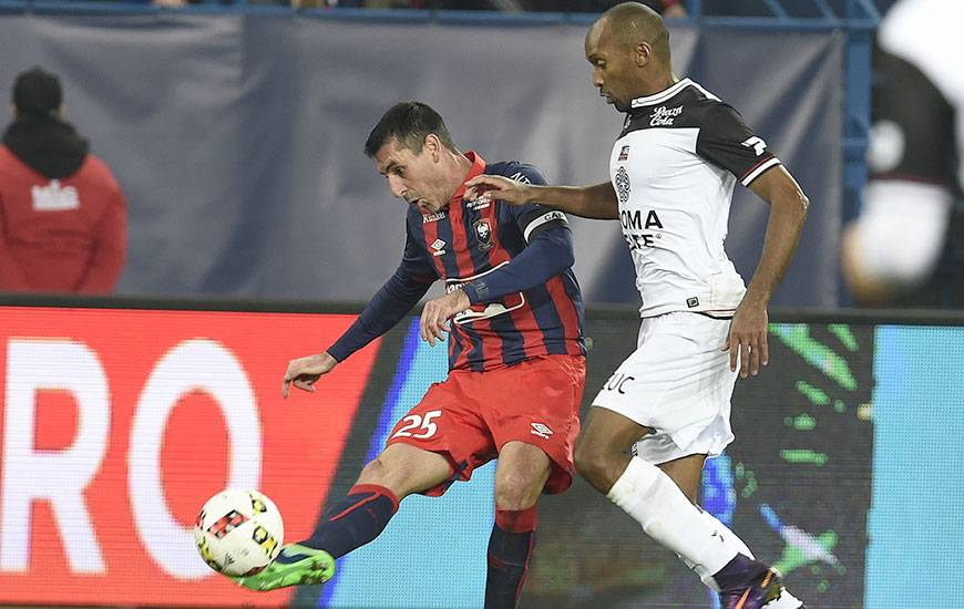 j18 sm caen guingamp samedi 16 d cembre 20h sur bein sports stade malherbe caen. Black Bedroom Furniture Sets. Home Design Ideas