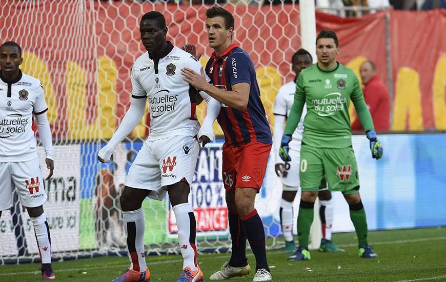Grâce à un penalty d'Ivan Santini, le Stade Malherbe avait fait tomber le Gym de Mario Balotelli la saison dernière (1-0) ; une formation niçoise qui s'était présentée à d'Ornano en leader invaincu !