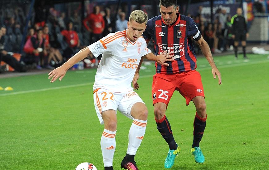 A la lutte pour le maintien en Ligue 1 la saison dernière, le Stade Malherbe de Julien Féret affrontera le FC Lorient de Benjamin Jeannot en match de préparation.