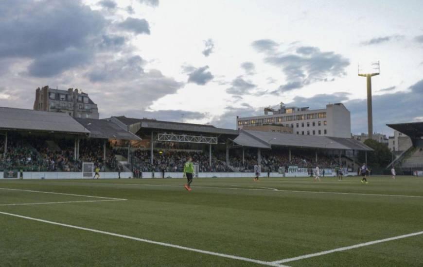 La dernière fois que le Stade Malherbe s'est déplacé sur la pelouse de Bauer, c'était lors de la saison 1995/1996, en Ligue 2