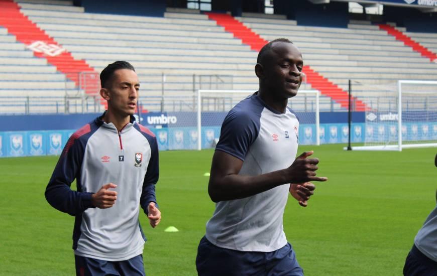 Adama Mbengue qui était avec la sélection Sénégalaise pendant la trêve internationale était de retour à Venoix hier