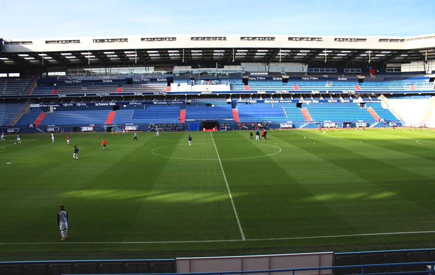 Opposition contre l'équipe réserve au Stade Michel d'Ornano