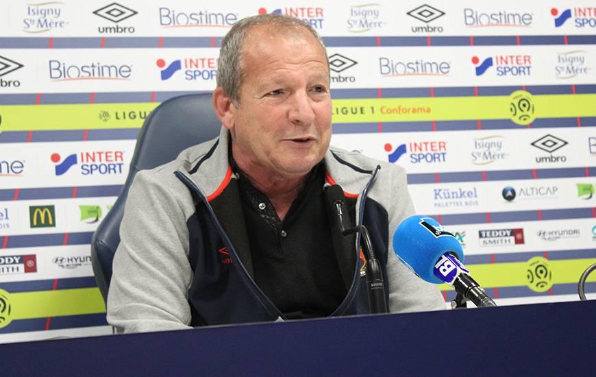 Rolland Courbis est aussi revenur durant la conférence de presse sur les accusations du président de l'EA Guingamp