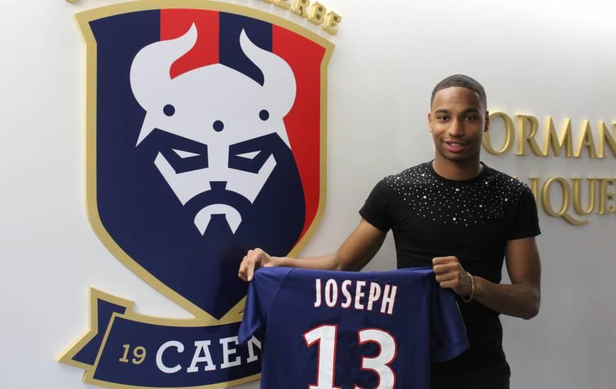 Evens Joseph a signé son premier contrat professionnel pour une durée de trois saisons et portera le numéro 13