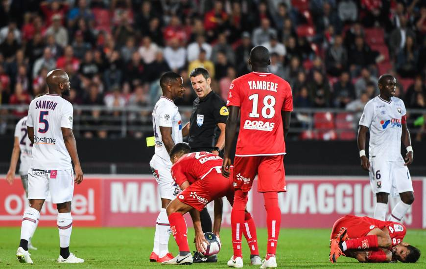 Nicolas Rainville était au sifflet pour la seule victoire du Stade Malherbe Caen à l'extérieur cette saison, sur la pelouse du Dijon FCO