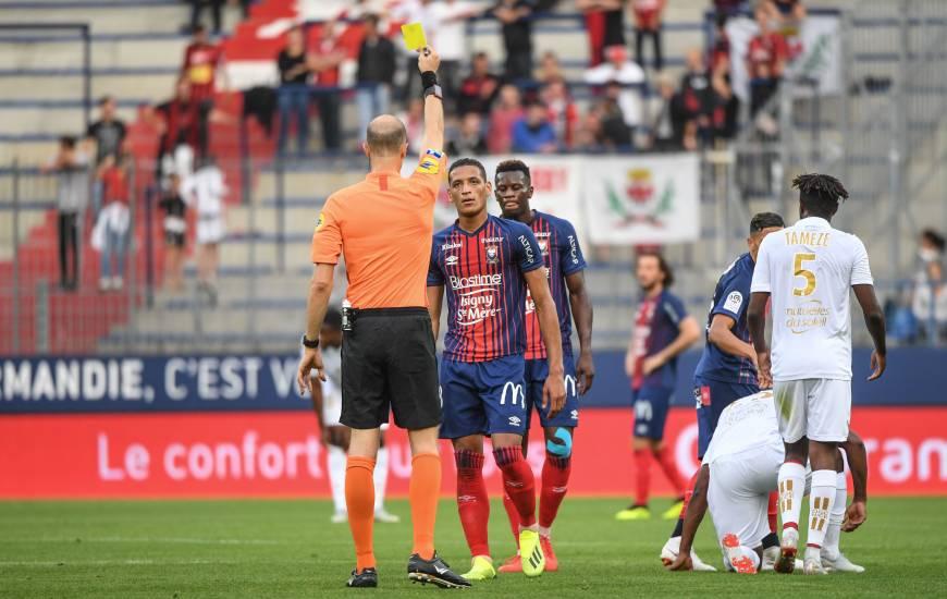 Éric Wattellier avait averti Yacine Bammou et Emmanuel Imorou lors de la rencontre face à l'OGC Nice à d'Ornano