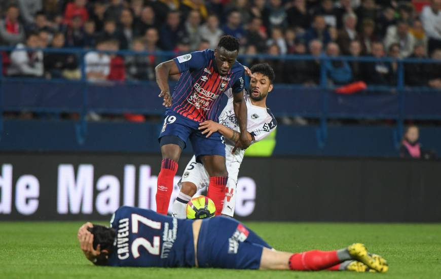 Alignés à la pointe de l'attaque, Enzo Crivelli et Malik Tchokounté n'ont pas réussi à se montrer décisifs lors de la dernière journée