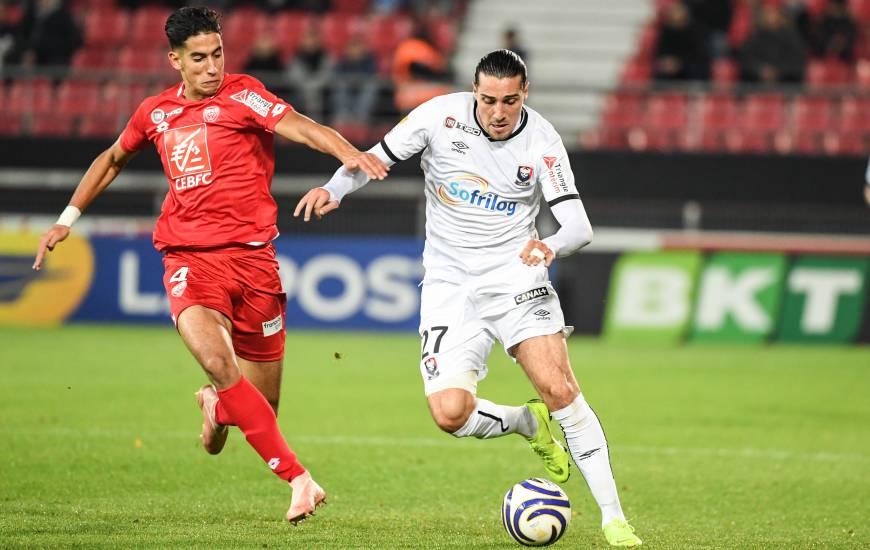 Enzo Crivelli areçu son troisième carton en l'espace d'un mois face au Dijon FCO et devra purger un match de suspension face à l'AS Monaco