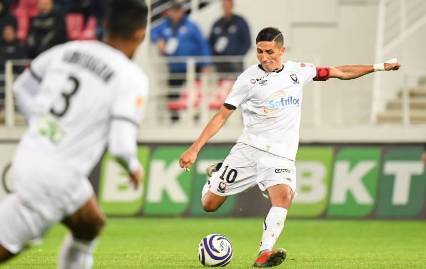 Après onze matchs joués cette saison en Ligue 1 Conforama, Fayal Fajr compte un but et une passe décisive