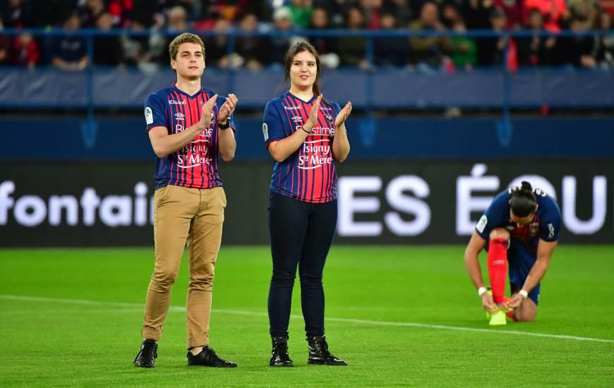 Barnabé Heslouis (à gauche sur la photo) avait donné le coup-d'envoi de la rencontre face à l'EA Guingamp à d'Ornano