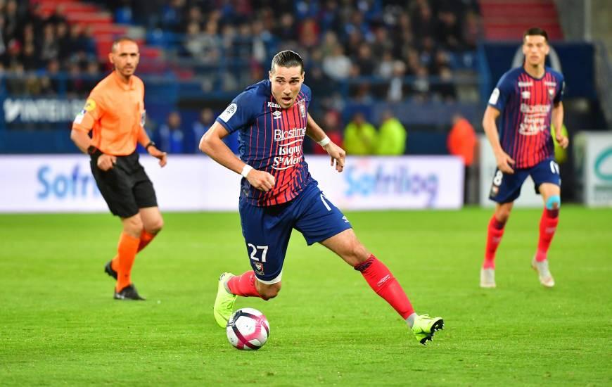Buteur face au Stade Rennais FC la saison dernière, Enzo Crivelli tentera demain d'inscrire de nouveau un but face aux bretons