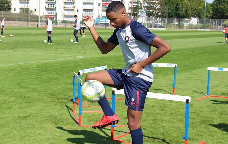 Evens Jospeh a obtenu le penalty qui a permis au Stade Malherbe d'égaliser face à la réserve de l'US Quevilly-Rouen
