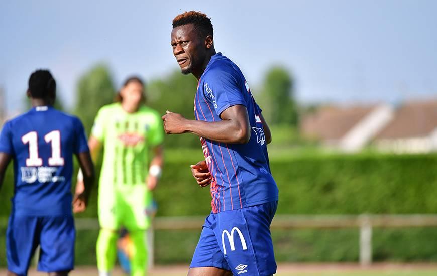 Comme lors des deux premiers matchs amicaux, Malik Tchokounté occupera seul la pointe de l'attaque du Stade Malherbe pour affronter l'EA Guingamp cet après-midi