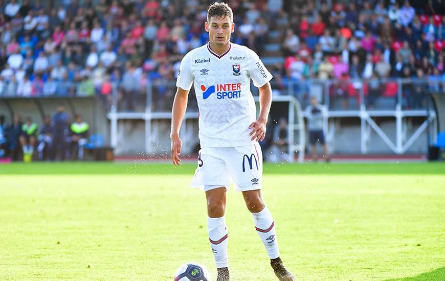 Valentin Voisin aura effectué une partie de la préparation avec le Stade Malherbe Caen, on le retrouve ici lors du Trophée des Normands face au Havre AC