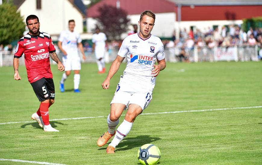 Jan Repas est entré en jeu à la 61e minute dans cette rencontre, depuis le début de la préparation le joueur Slovène évolue dans une position de soutien derrière l'attaquant