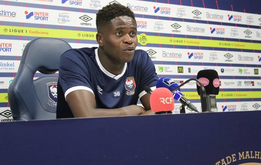Brice Samba est le premier joueur de l'effectif caennais à s'être présenté devant la presse pour la saison 2018/2019