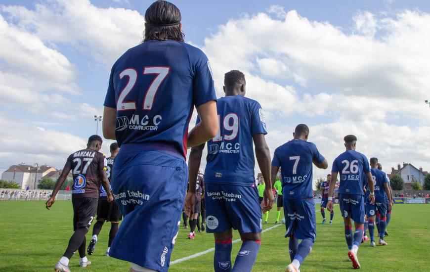 Enzo Crivelli est les caennais ont disputé leur dernier match de préparation face au Mans FC hier