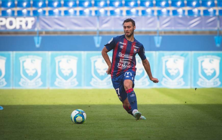 Arrivé au lendemain de la réception du Havre AC, Azzeddine Toufiqui figure bien dans le groupe convoqué pour affronter Troyes