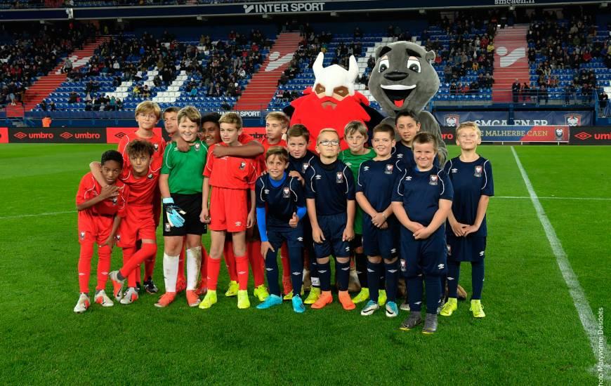 Les jeunes du LC Bretteville / Odon et de la JS Ay ont participé au Challenge de la mi-temps lors de SM Caen / B.Châteauroux