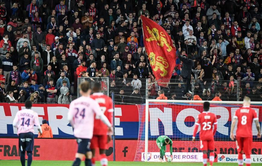 Le Stade Malherbe Caen occupe actuellement la première place du Championnat des tribunes devant le RC Lens