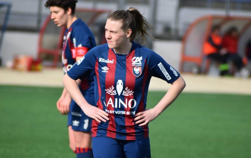 Lola Bisson a disputé son premier match officiel hier après-midi avec le Stade Malherbe Caen