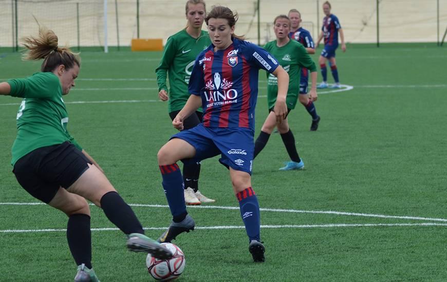 Manon Dubos a inscrit le deuxième but des Caennaises face à l'US Alençon hier après-midi en amical