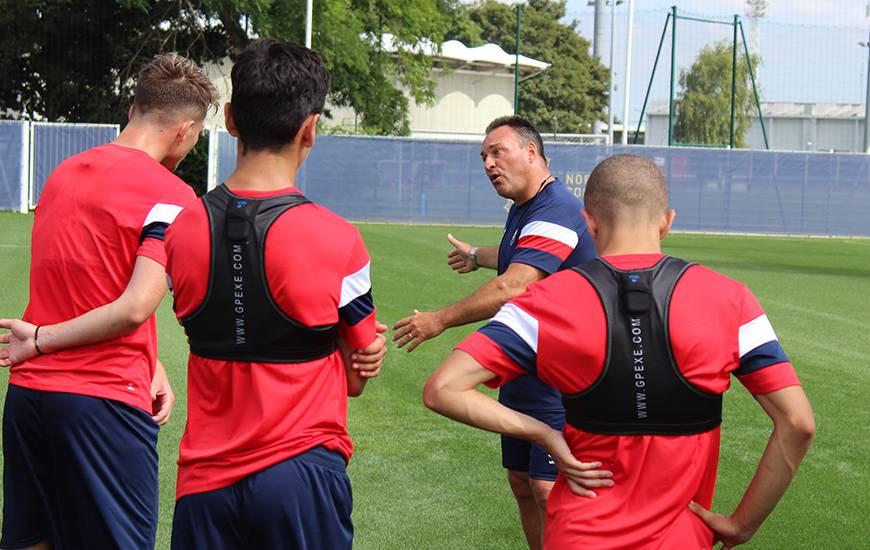 Les joueurs de Fabrice Vandeputte et Nicolas Seube ont retrouvé le chemin de l'entraînement hier après-midi